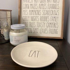 NWT Rae Dunn EAT Plate